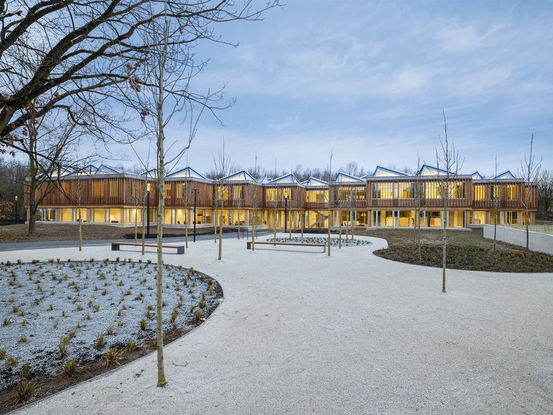 Waechter + Waechter Architekten: AIZ – Akademie der Deutschen Gesellschaft für Internationale Zusammenarbeit (GIZ) on the Kottenforst Campus  - best architects 20 gold