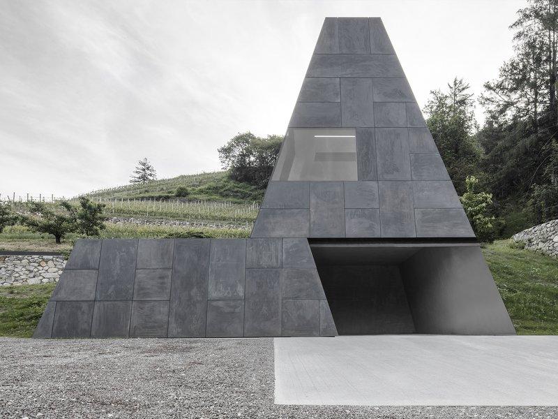 bergmeisterwolf architekten: Herauswachsend – Hotel Pacherhof Neuer Keller - best architects 20