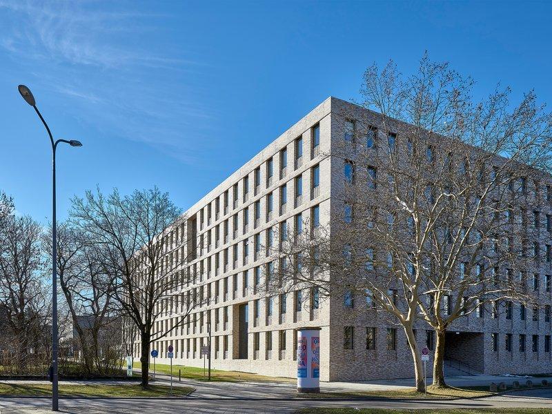 Bär Stadelmann Stöcker Architekten und Stadtplaner: Neubau Steuerzentrum München - best architects 20