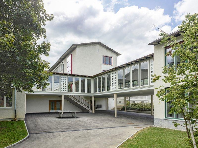 Haller Gut : Erweiterung Primarschule Hofmatt - best architects 21