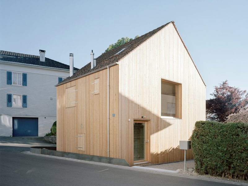 Lukas Lenherr Architektur: Small house - best architects 21 in gold
