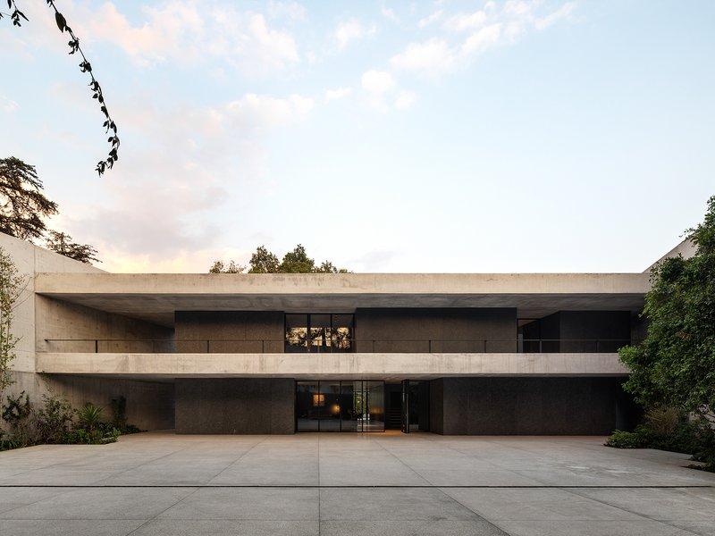 Fruehauf, Henry & Viladoms   blancasmoran: Swiss residence in Mexico City - best architects 22