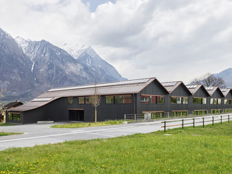 Felgendreher Olfs Köchling Architekten: Feld Primary School in Azmoos  - best architects 22